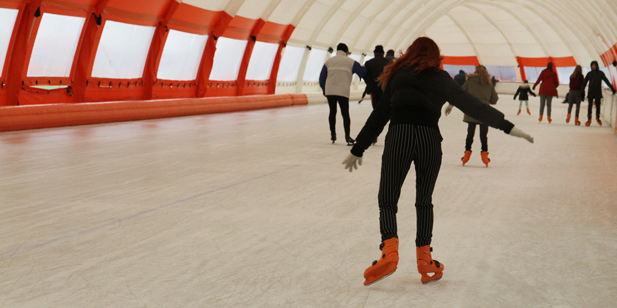 met-leerlingen-naar-ijsbaan